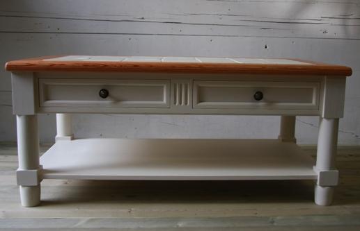 タイルトップローテーブル1